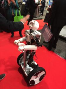 Roboter (c) croXXing 2015