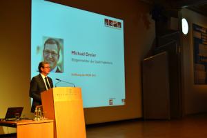 Michael Dreier, Bürgermeister der Stadt Paderborn, eröffnet die MEiM 2015, © MEiM